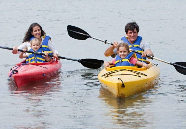 KayakingWithKids2-1200x520